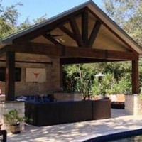 5 outdoor living spaces for Go Texan Day