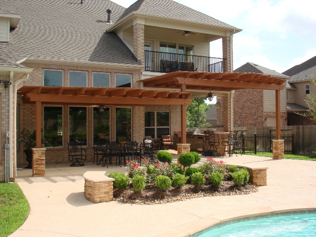 Custom Backyard Pergolas and Kitchens