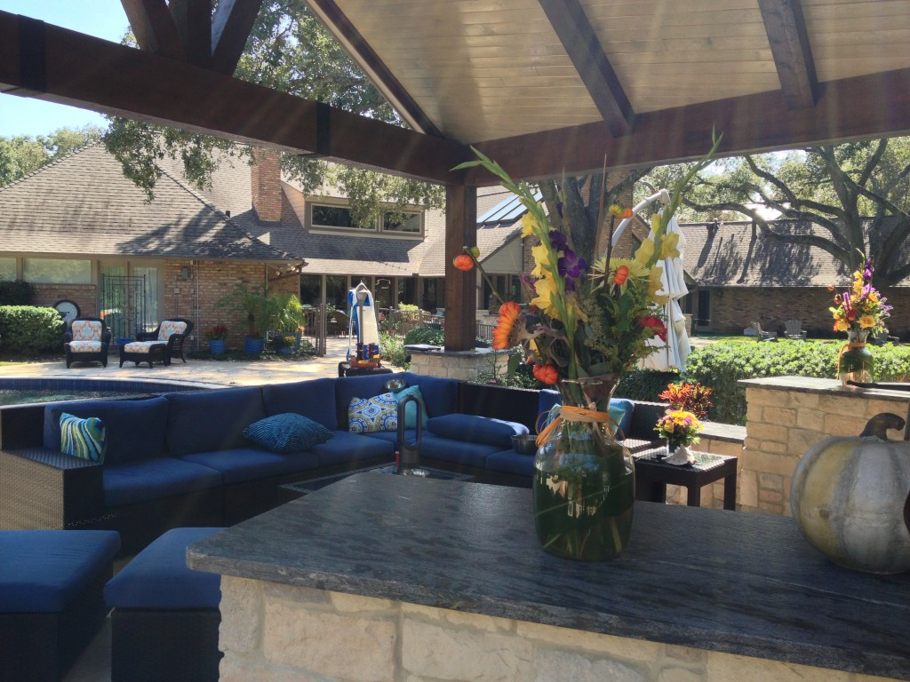 Houston Patio Design Watching Football On Tv