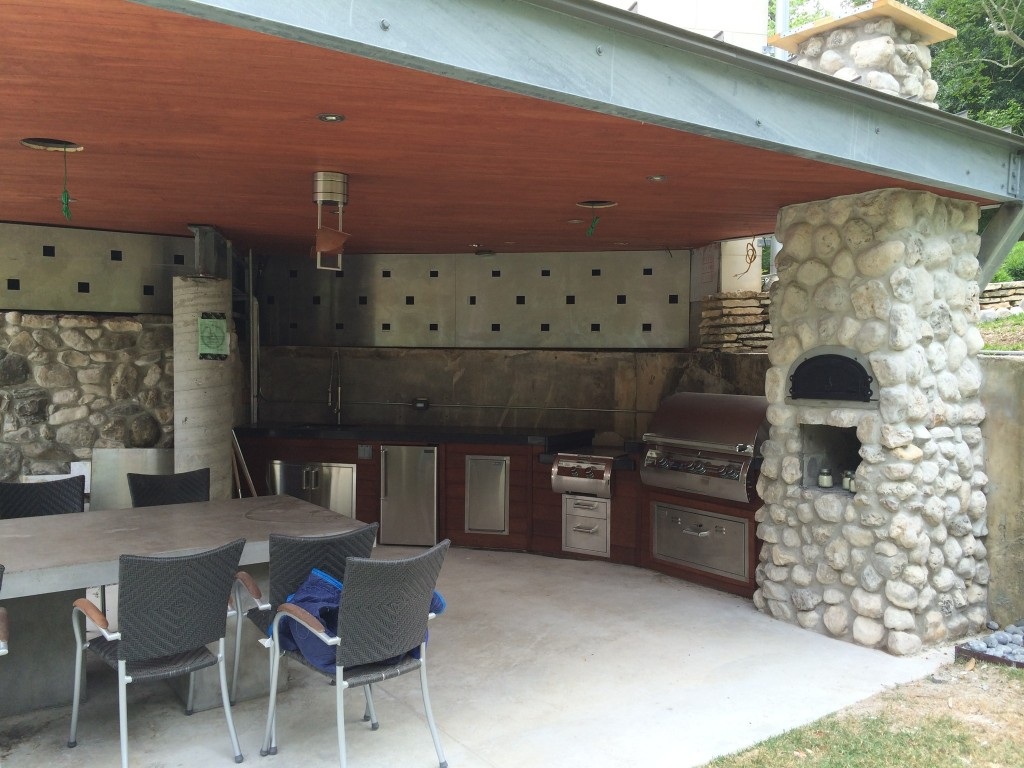 Outdoor living space design for Outdoor kitchen ideas houzz