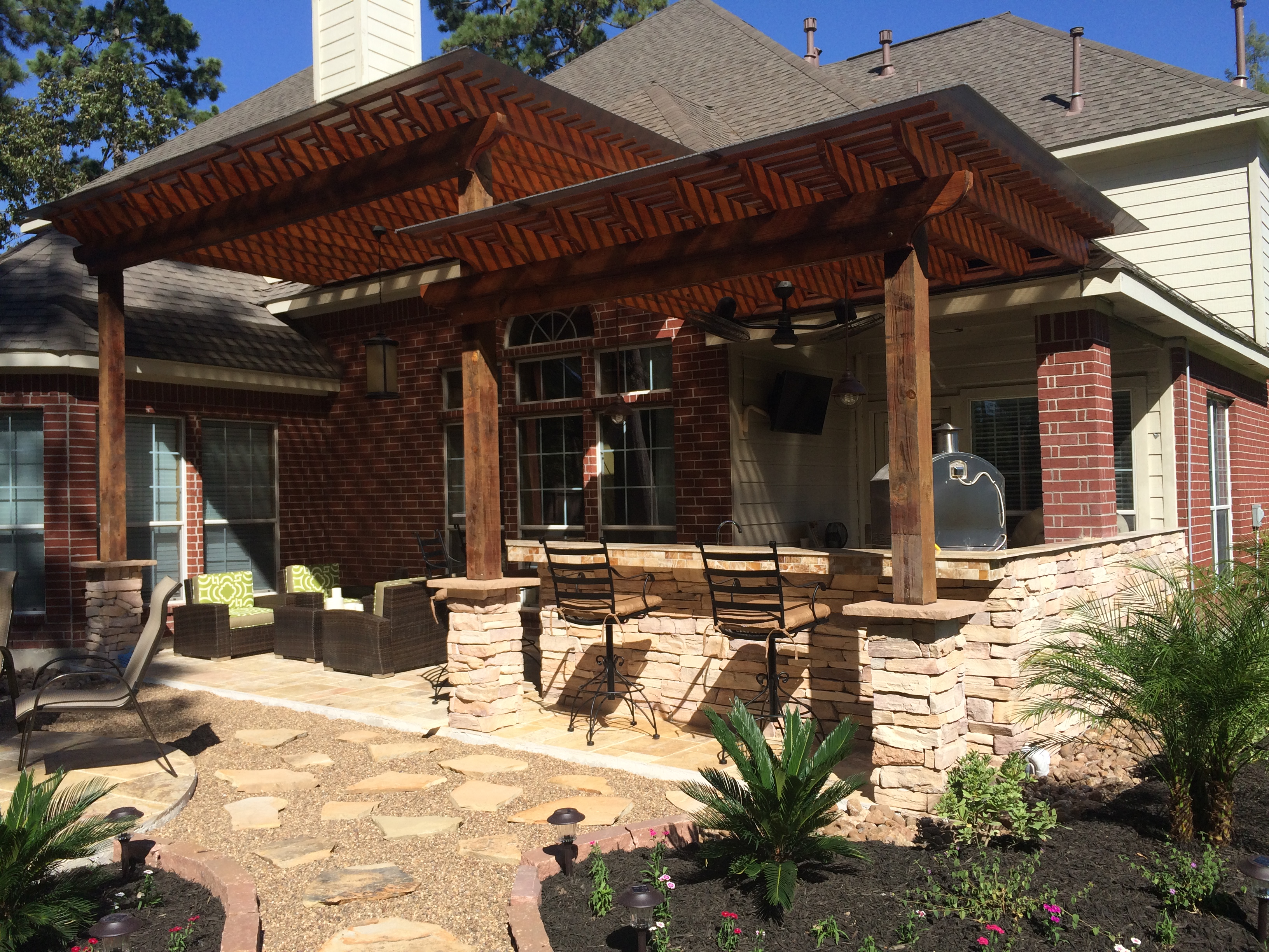 Circular Firepit Two Level Pergola Heat Houston Patio on pergola designs attached to house